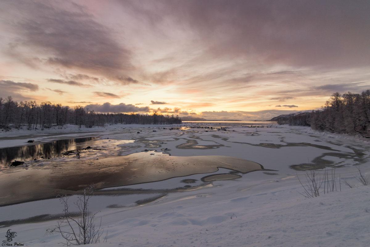 Notte Polare: luce crepuscolare a Senja