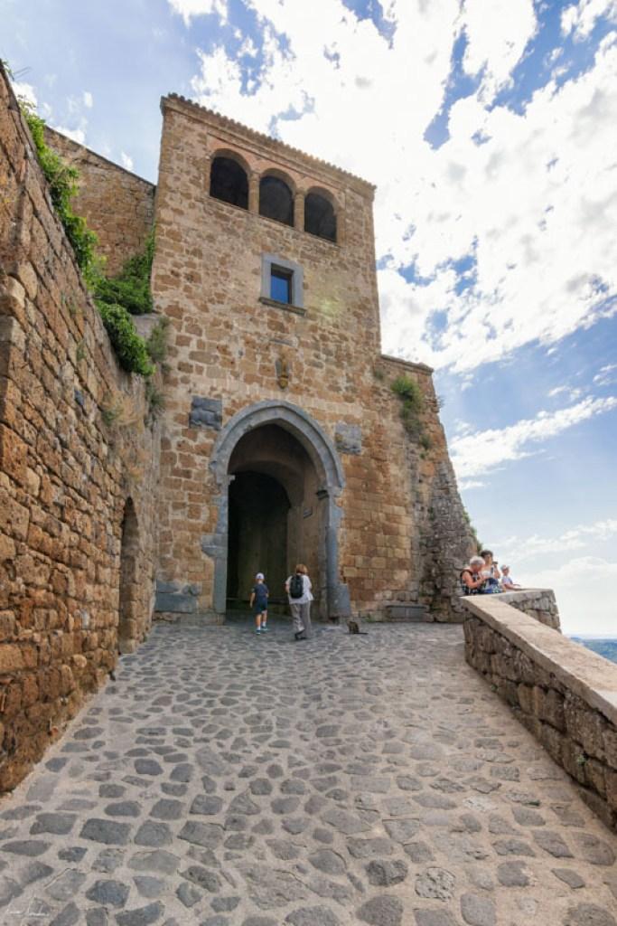 Civita di Bagnoregio: Porta di Santa Maria