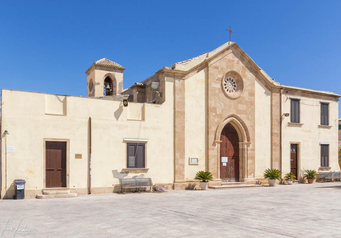 Marzamemi: Nuova Chiesa di San Francesco da Paola
