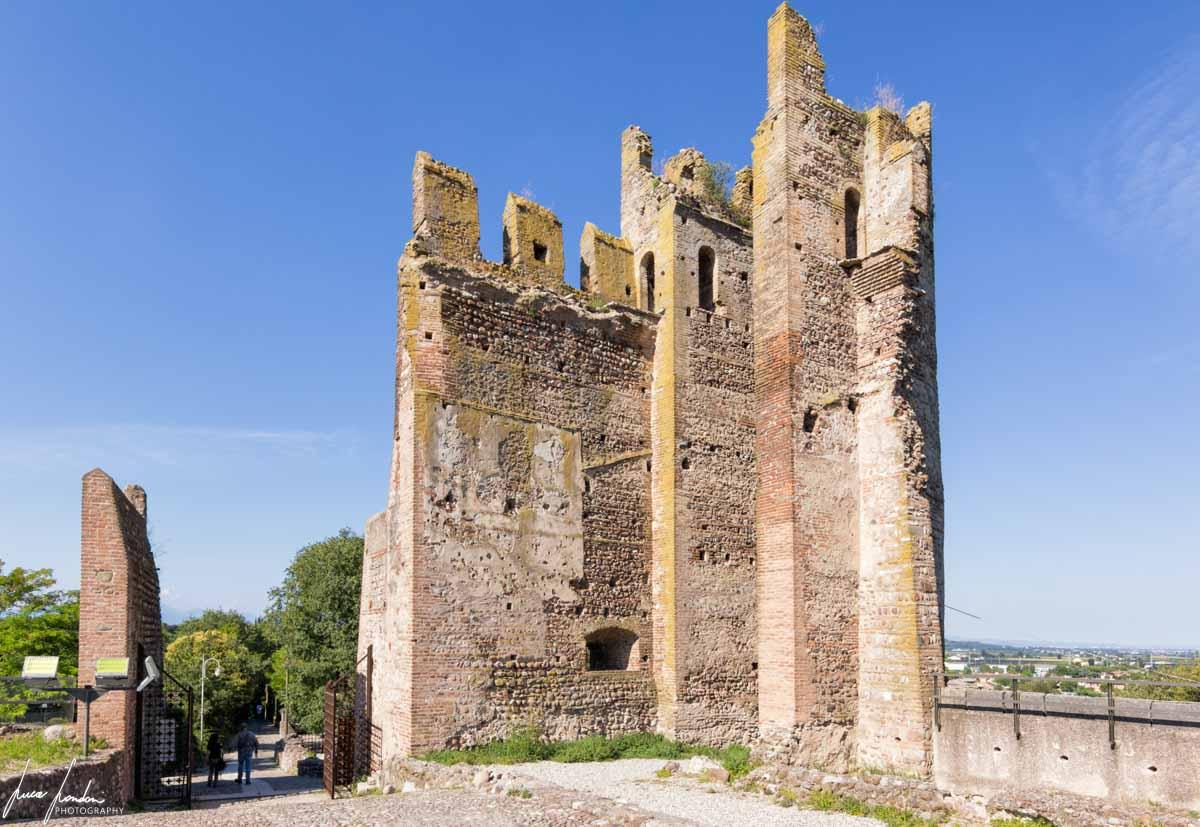 Torre Tonda del Castello Scaligero a Valeggio sul Mincio