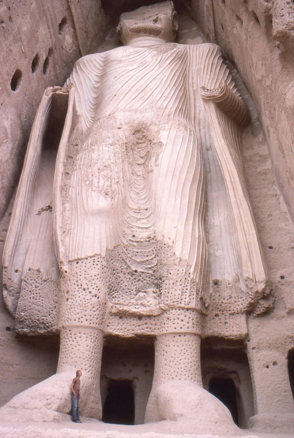 budas-de-bamiyan-by-phecda109-own-work-public-domain