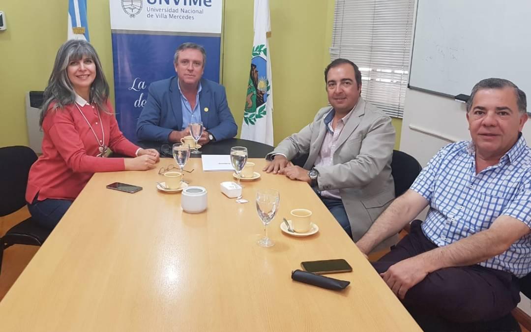 La UNViMe firmó convenio con el Golf Club San Luis