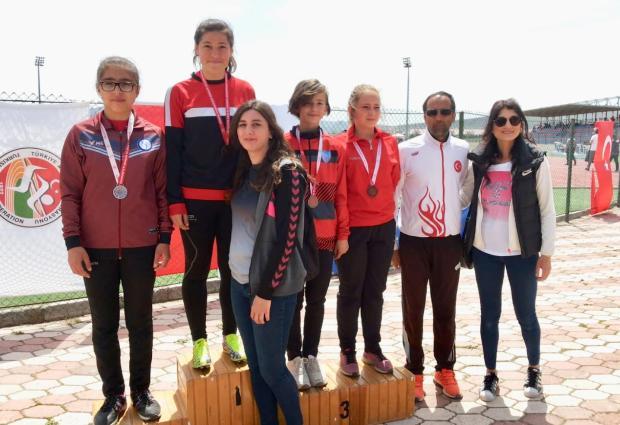 ÜFK Atletizm'de Türkiye Finallerinde