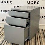 UOFC-Silver-Pedestal-3