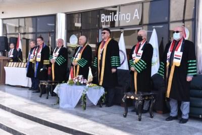جامعة الحمدانية تحتفي بطلبتها الاوائل بحفل تخرج مركزي رمزي