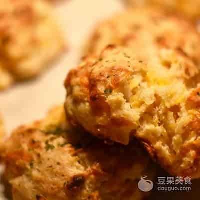 感恩節美味DIY:查打芝士鹹味鬆餅麵包