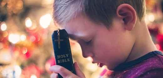 聖經金句:憐憫,慈愛,信實,聖潔 | 耶和華喜愛敬畏祂和盼望祂慈愛的人.