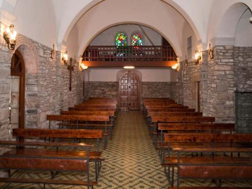 interior-iglesia-castiello-bernueces