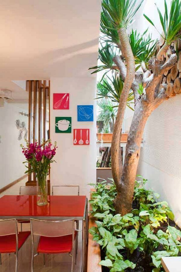 Ideas for Narrow and Long Patio Spaces   Upcycle Art on Long Patio Ideas id=65707