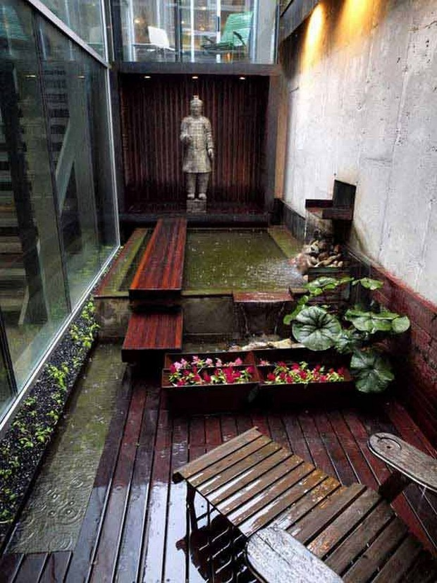 Ideas for Narrow and Long Patio Spaces   Upcycle Art on Long Patio Ideas id=20066