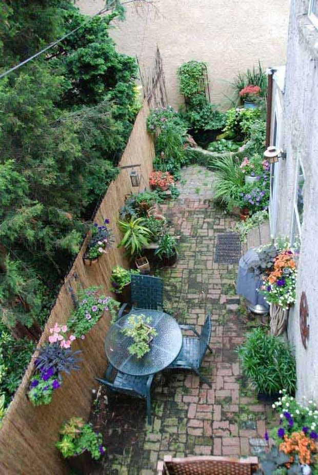 Ideas for Narrow and Long Patio Spaces   Upcycle Art on Long Patio Ideas id=85559