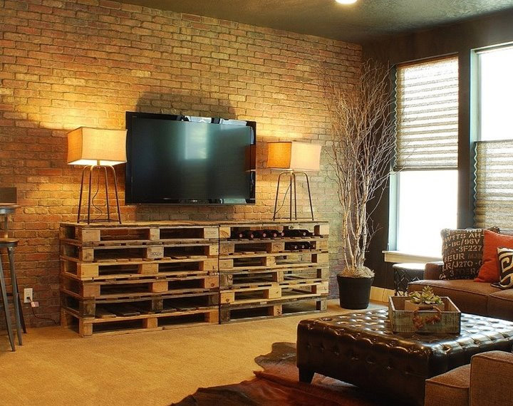 22 upcycling pallet table ideas for your garden or living room on Pallet Room Ideas  id=13840