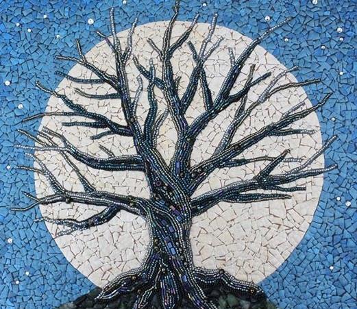 reutilizar el arte del mosaico de la luna cielo azul árbol Ideas upcycling creativa de cáscara de huevo