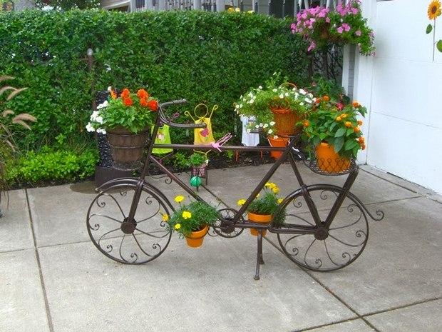 moto reutilizado edad con ideas de decoración de flores de jardín