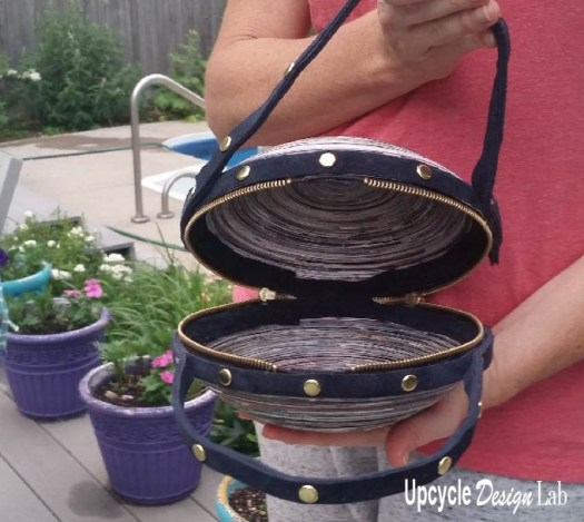 Quilled Paper Purse