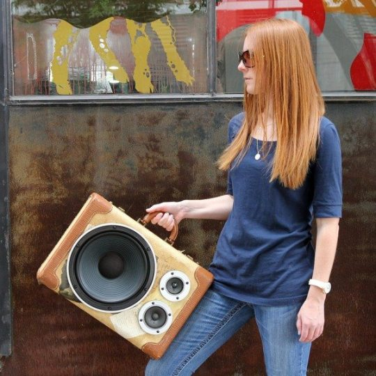 portable stereo suitcase