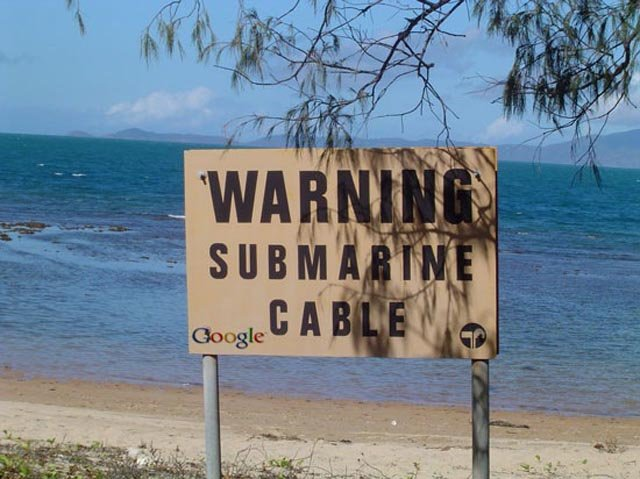 submarine_cable-warning-sign