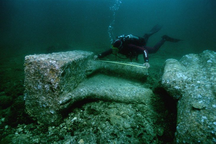 Underwater Cleopatra's palace_1