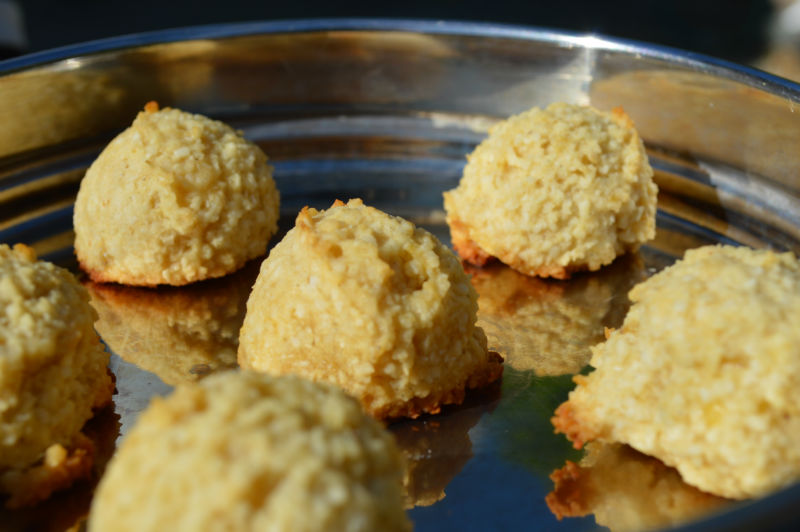 Healthy low glycemic Indian macaroon