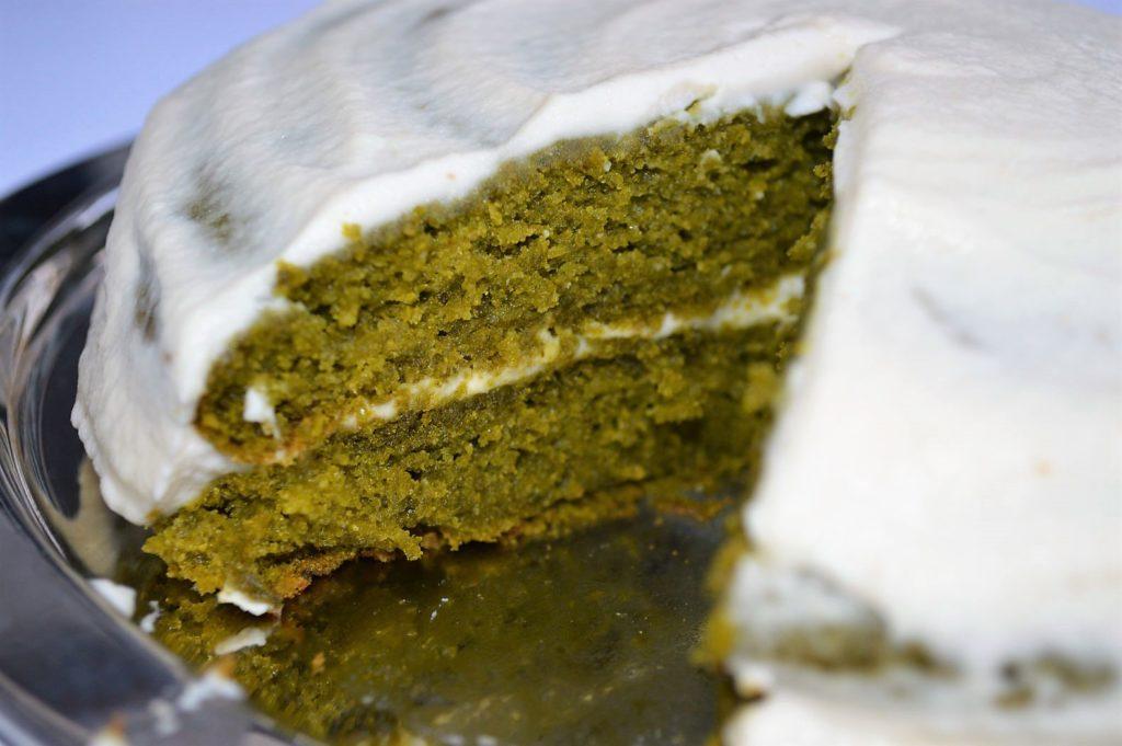 Vegan kale cake