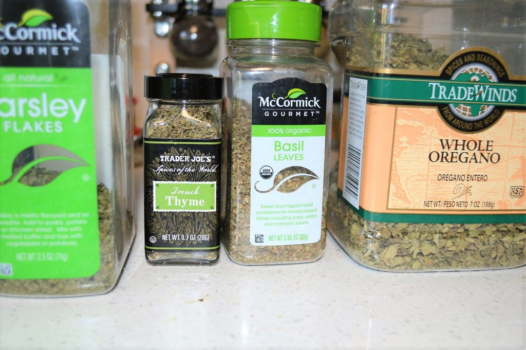Dried Italian herbs