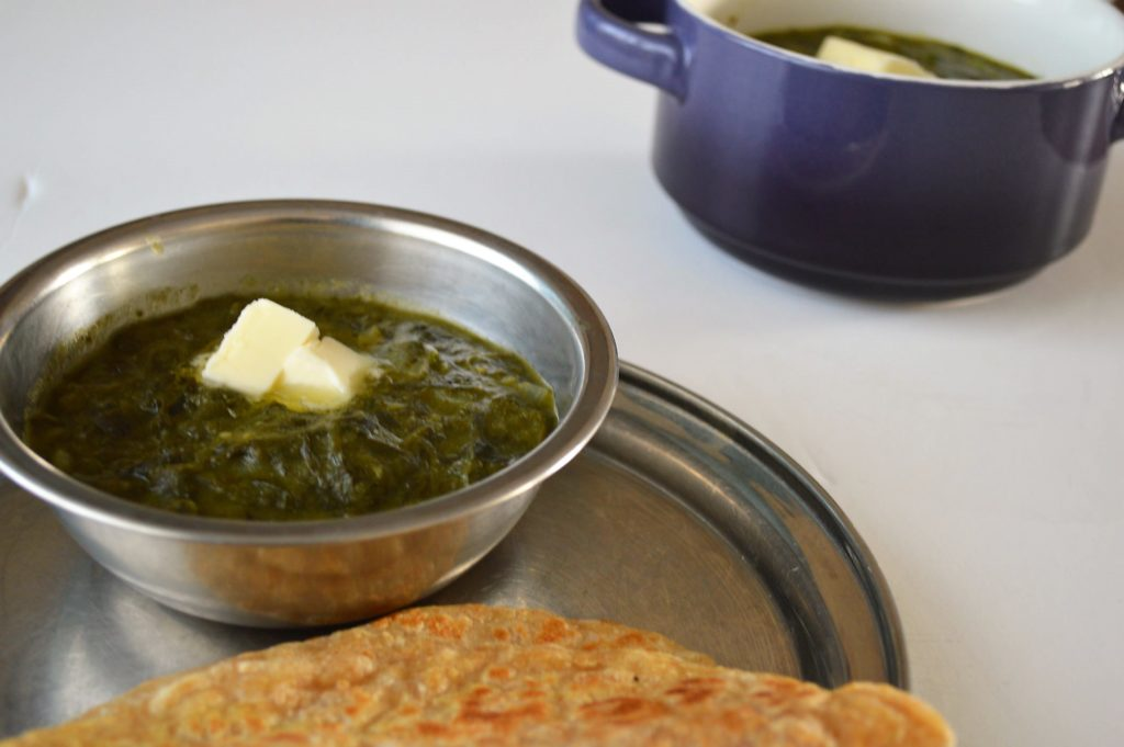 Slow cooked Creamy saag recipe using instant pot