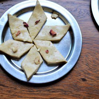 Kaju Katli recipe easy