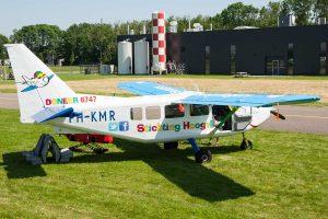Het ambulancevliegtuig van de Hoogvliegers © Leonard van den Broek