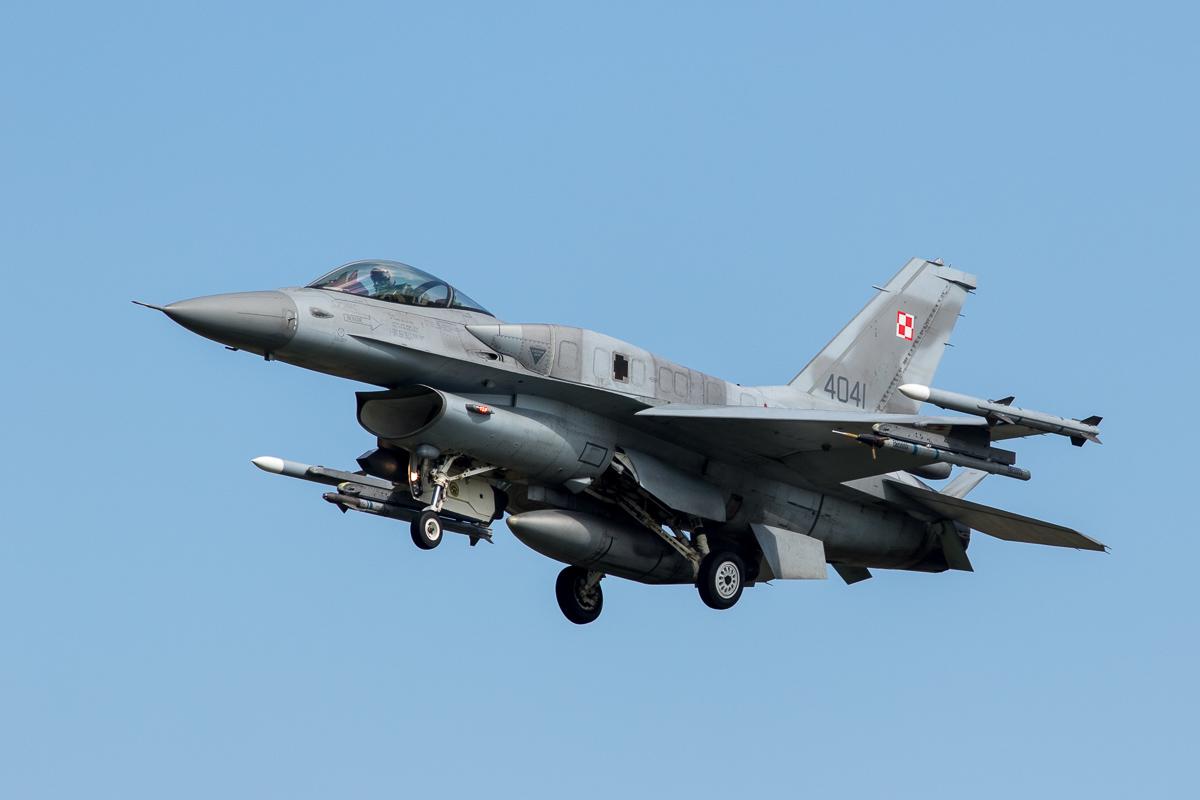 Polen ziet niets in oude F-16's