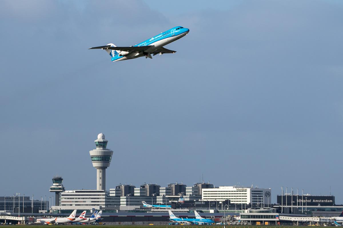 F70_Farewell_05_takeoff_LvdBroek.jpg