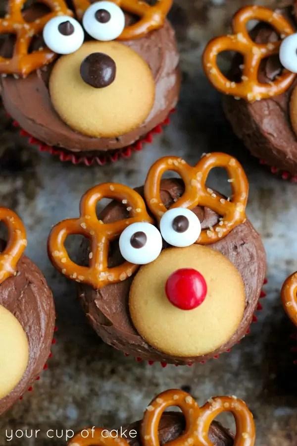 25 Easy Christmas Treats For Kids – Christmas Treat Ideas