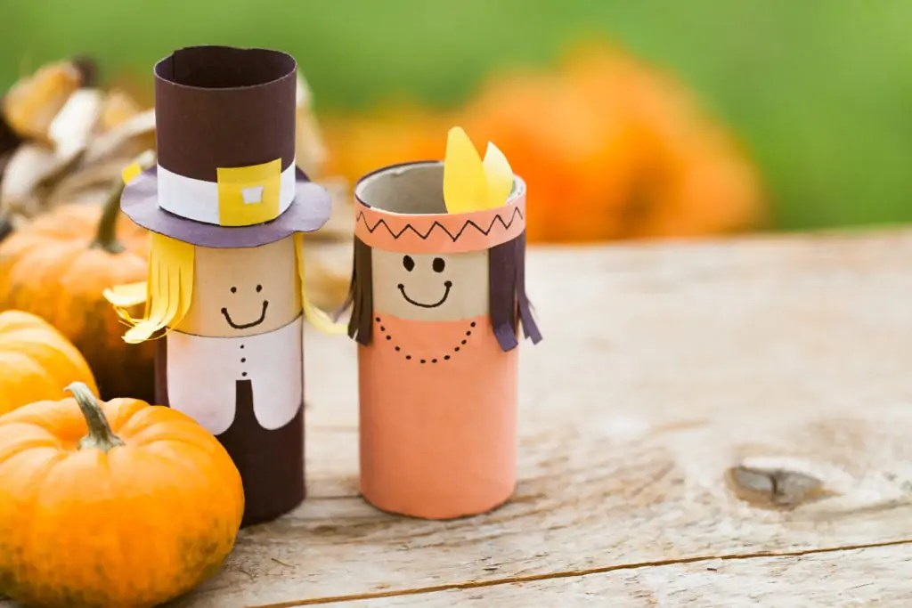 A 5 minute, easy, DIY thanksgiving craft you can put together with your kids using items you already have in your home.