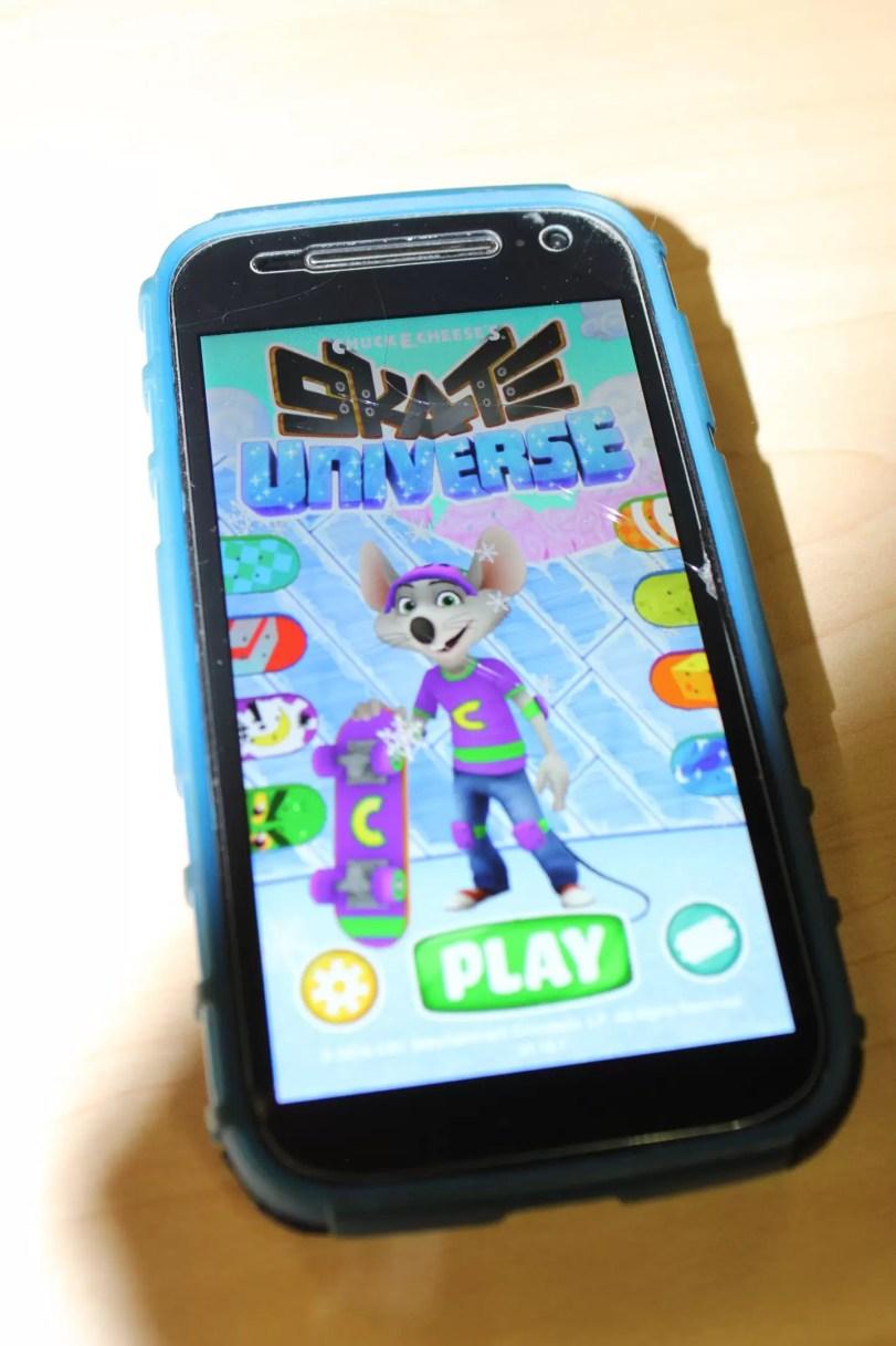 app, smartphone, Chuck E. Cheese's