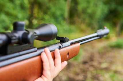 hunting-air-rifle-with-optic