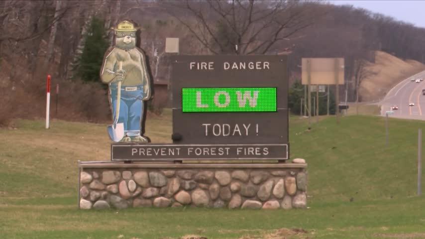 DNR Wildfire Prevention Week_04087451
