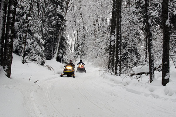 snowmobile_1549575688002.jpg