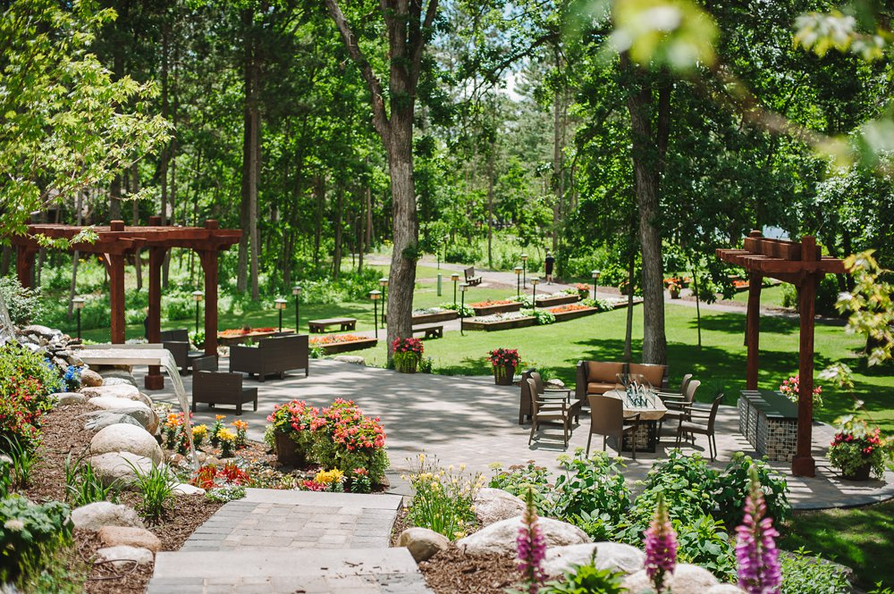 A look at the new Grand View Lodge On The Rocks dining opportunity in the Brainerd Lakes Area | Up North Parent