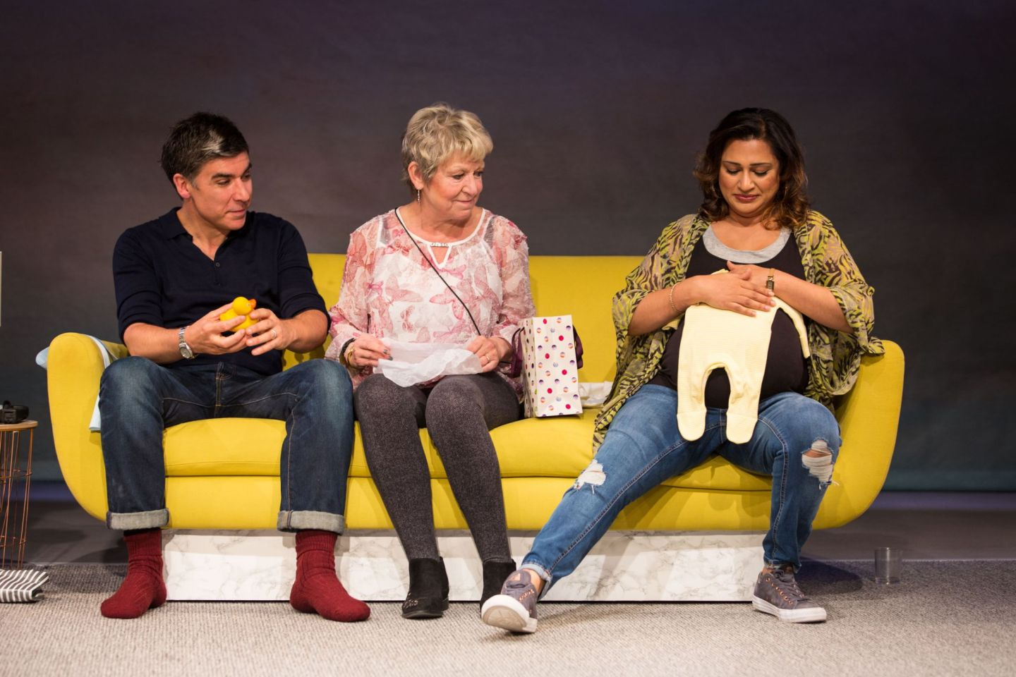 Review: ★★★★ Of Kith And Kin, Bush Theatre