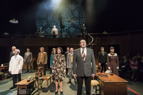 Stephen Critchlow and the cast of This House_credit Johan Persson