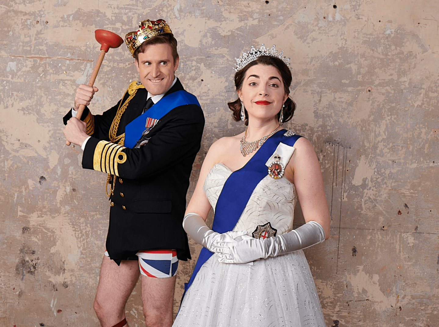 Review: ★★★★ Crown Dual, Wilton's Music Hall