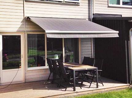 Family terrassmarkis - En markis för stora terrasser, uteplatser och altaner