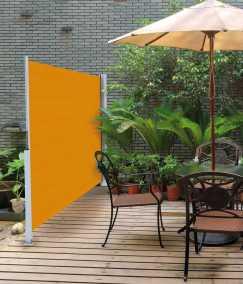 Sidomarkisen är ett utdragbart solskydd för balkong