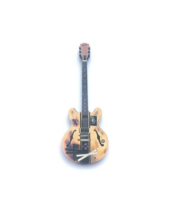 TOM_Guitar_V2