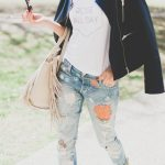 Street Stlye: Graphic Tee and Floral Denim