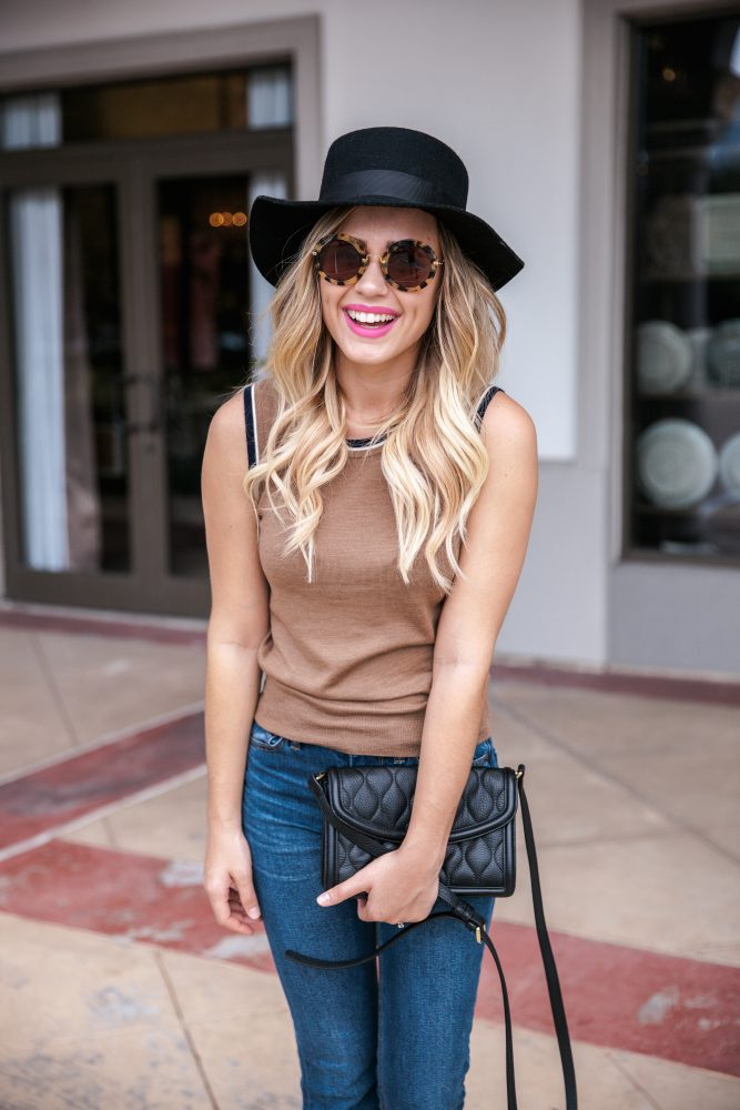 It's Good to Be A Girl | Fall outfit | Fall Transition looks | Preppy Chic outfit | Uptown with Elly Brown