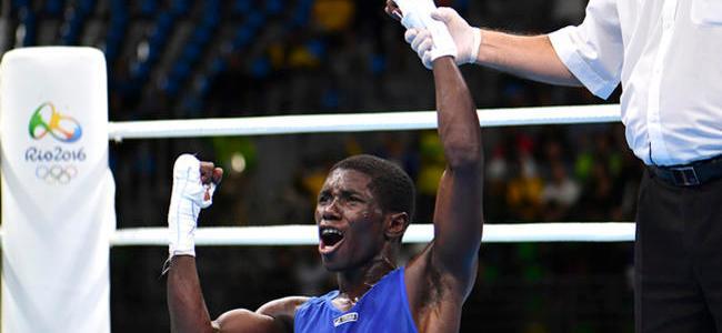 Yuberjen Martínez se asegura el bronce en Mundial de Boxeo