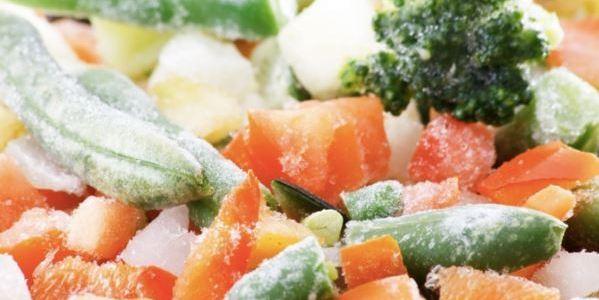 Es malo descongelar la comida de esta forma