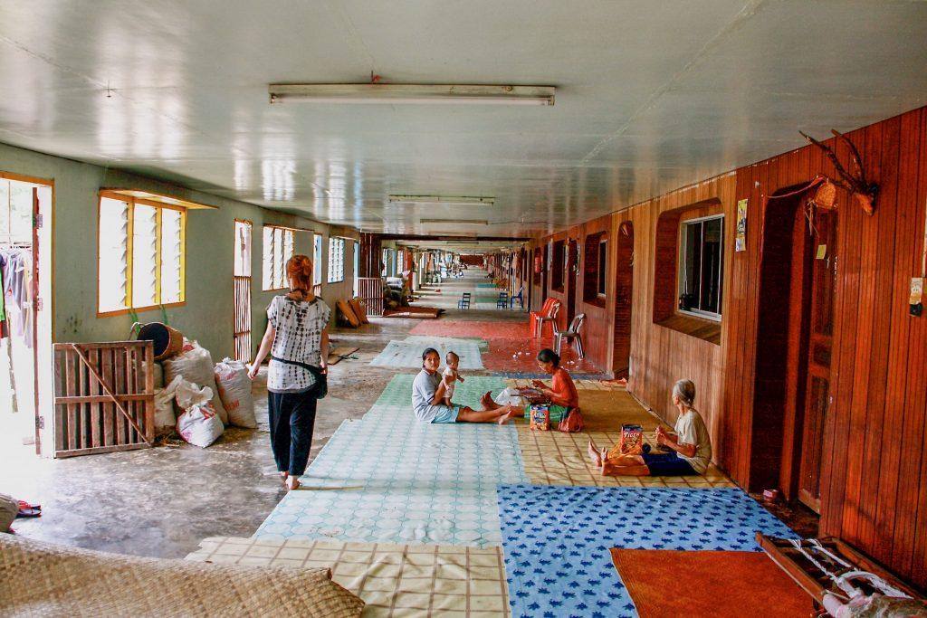 borneo longhouse heimo