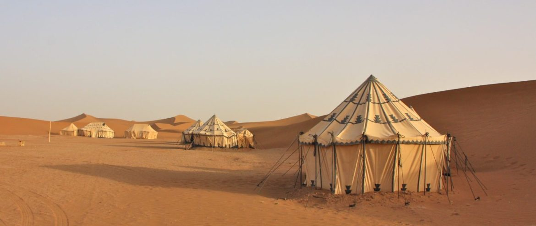 Saharan autiomaa marokko yöpyminen