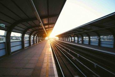 junalla tsekeissä